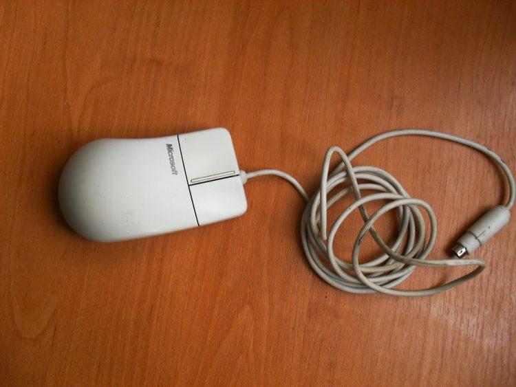 Раритетная мышь Misrosoft